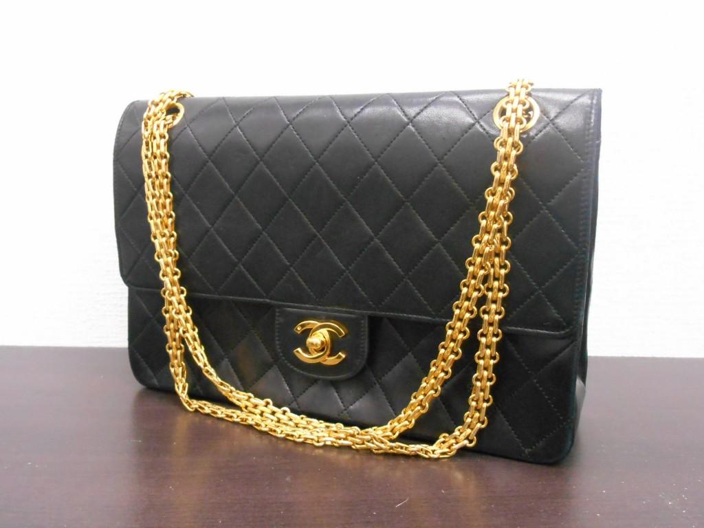 61d37548e983 シャネルの古いバッグ、状態が良くなくてもお買取り♪】CHANEL シャネル ...